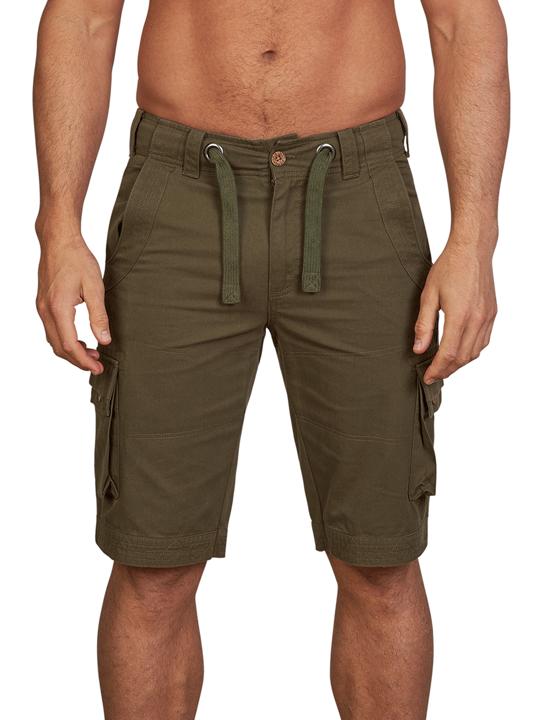 model wearing high quality cargo short